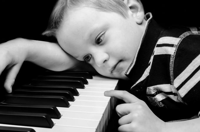 一気読み推奨!あたかもピアノの音が聞こえてくるような思いにさせてくれる「四月は君の嘘」