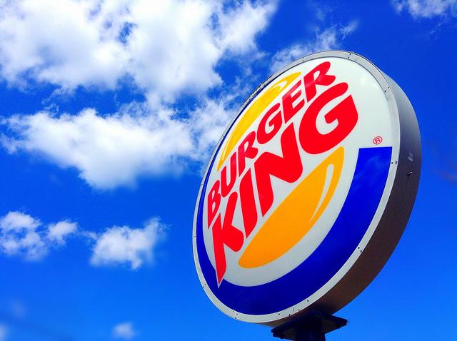 日本ではなかなかない!バーガーキング婚!?世界で起きた素晴らしい出来事