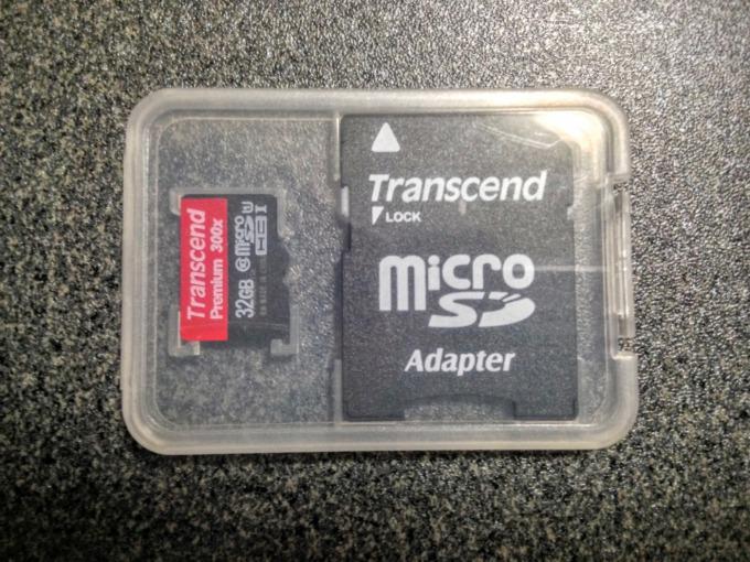 GoProと一緒に買うべきアクセサリー「Transcend microSDHCカード」